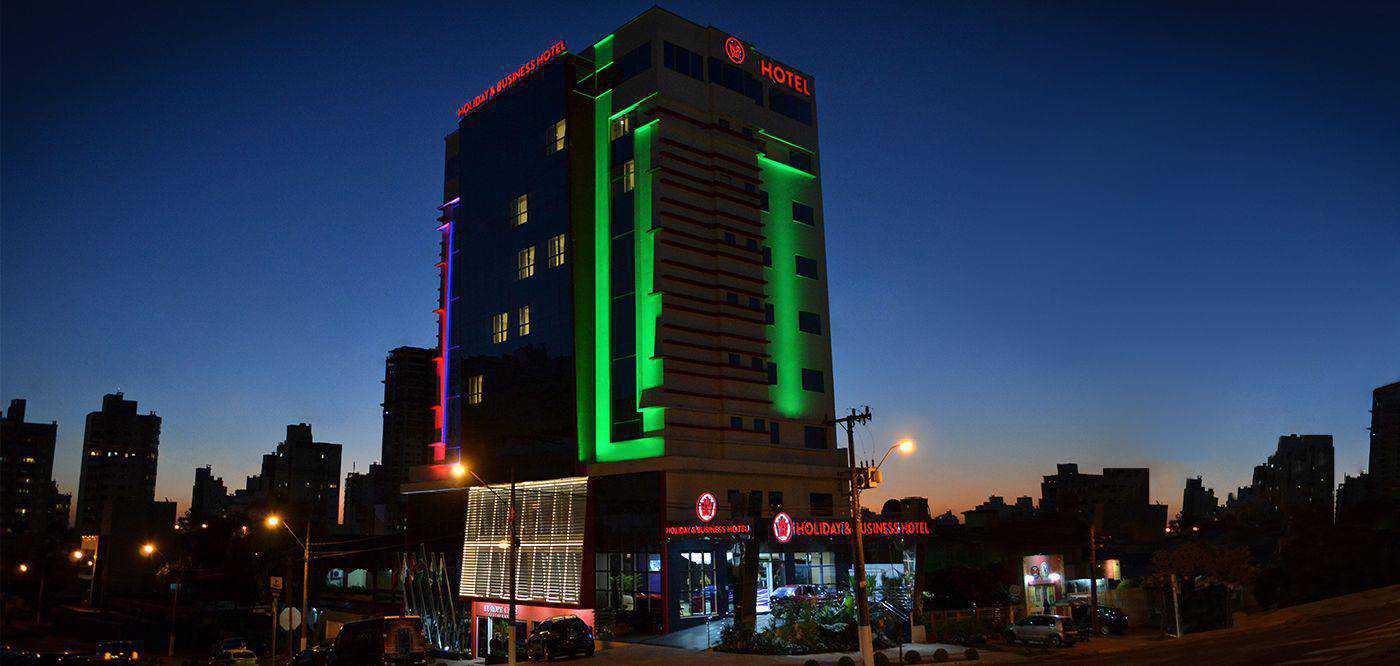 Fachada Holiday & Business Hotel