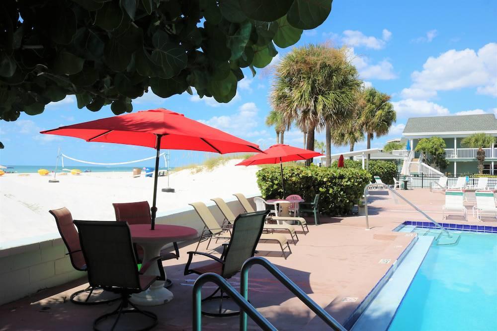 Miramar Resort