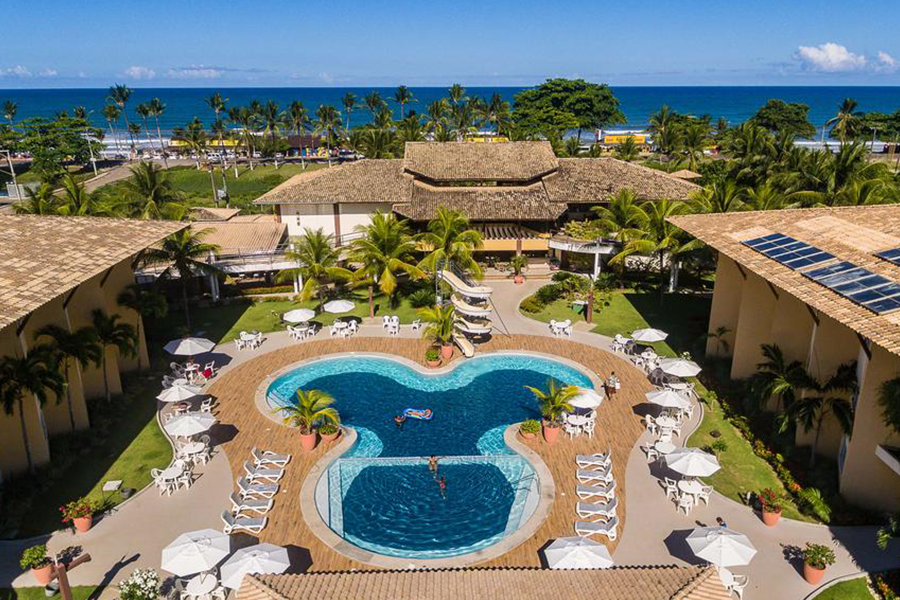Hotel em frente á Praia dos Milionários com gratuidade para criança de até 10 anos.